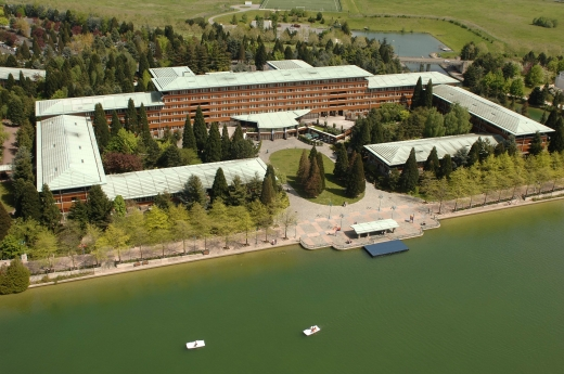 Sequoia-Lodge-building-from-sky