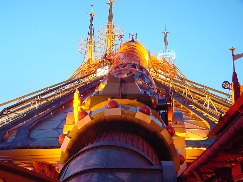 Space-Mountain003