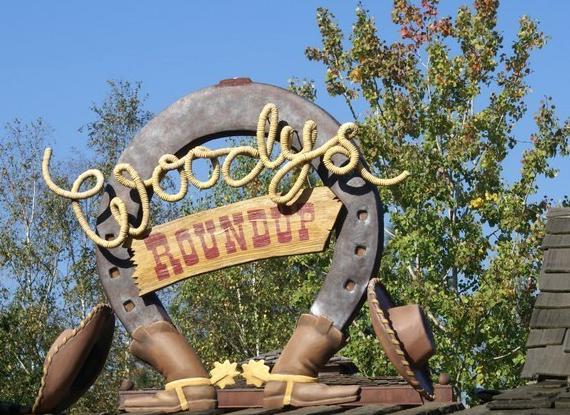 Woodys-RoundUp1