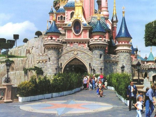 inside castle6