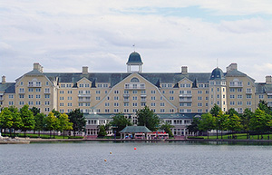 newport-bay-club-hotel